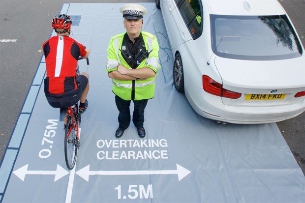 London Police Will Pose as Cyclists to Catch Unsafe Drivers
