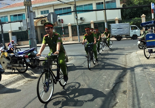 HCM City police to patrol on bikes