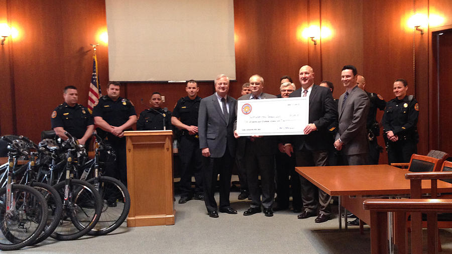 Bethlehem police receive donation for bicycle unit