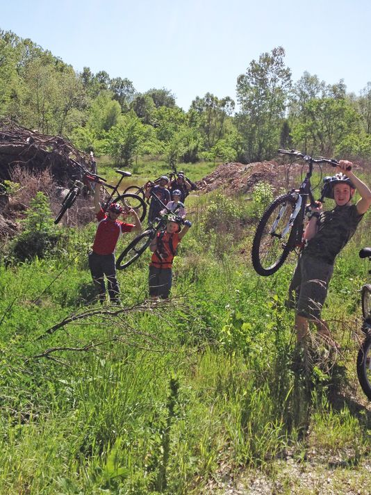 Ozark Bike Club gets training by officers
