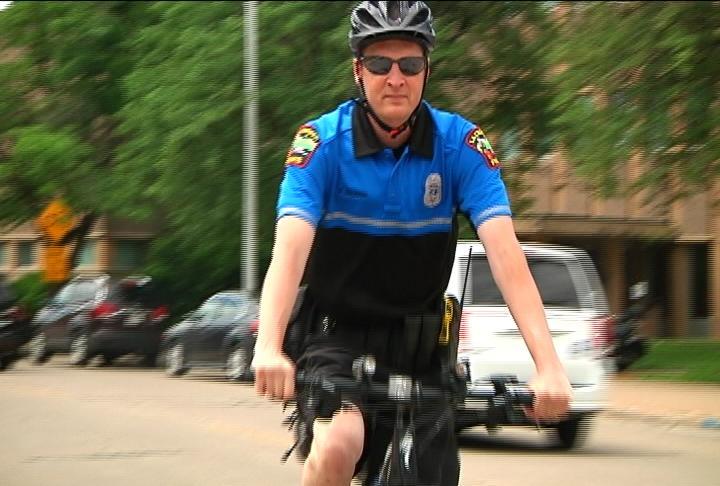 La Crosse Police Bike Patrol urges summer safety