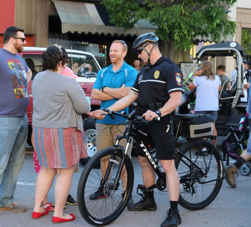 Pittsburg police revitalize bicycle patrol unit