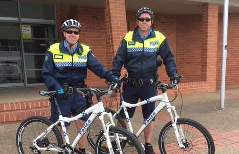 Shorts shrift for bikes cops in the Bathurst cold