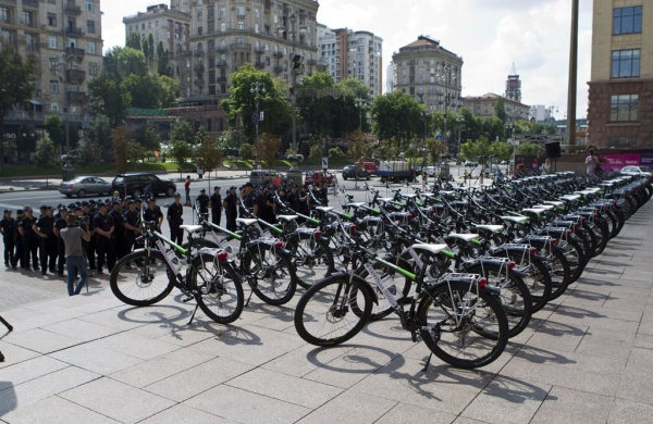 Kyiv police will patrol streets on bikes to beat crime