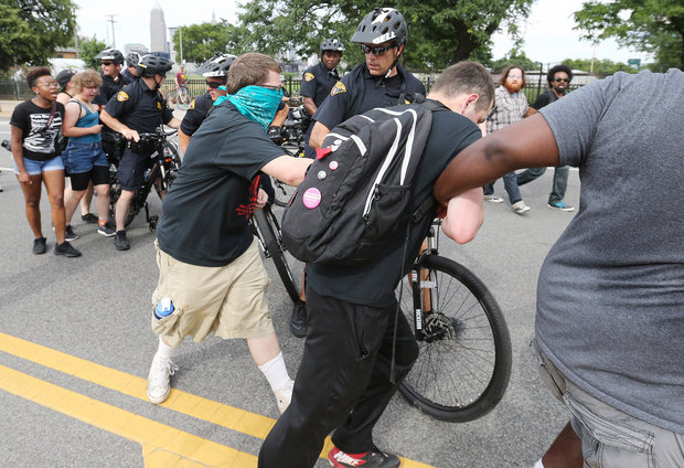 Cleveland police plan to keep rival protest groups separated with bike patrol