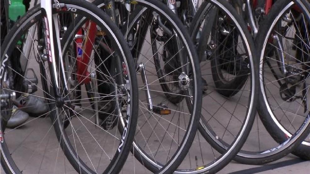 High-speed chase in Ballard on bikes; cops win