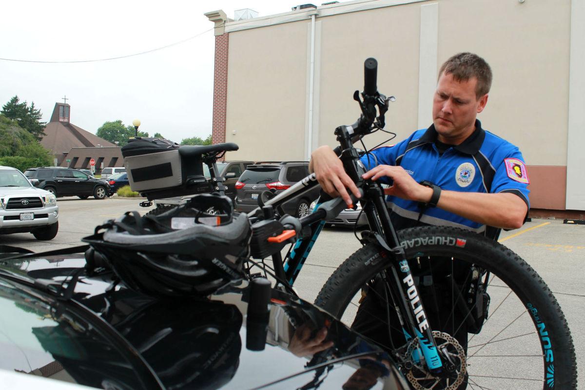 Charleston police switch bike unit back into gear