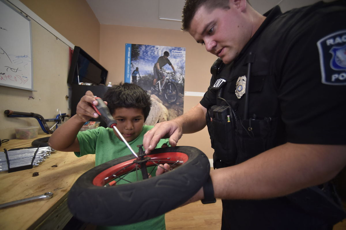 Racine officer keeps kids' wheels turning