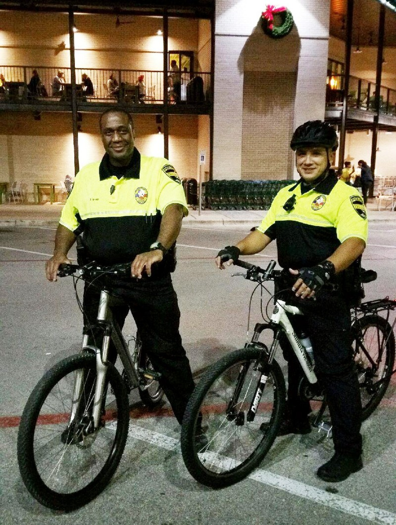 Column: Bee Cave police get new bikes for holidays